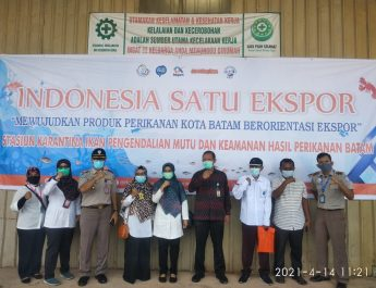 Kepala Dinas Perikanan Hadiri Kegiatan Indonesia Satu Ekspor